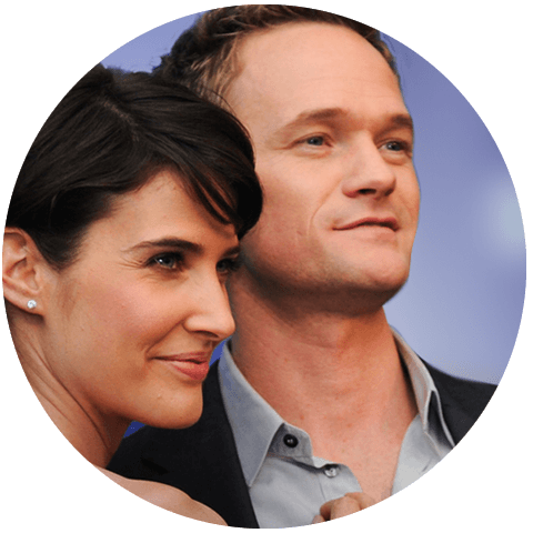 Win Grab drinks with Neil Patrick Harris, Cobie Smulders, Craig Thomas, and Carter Bays at McGee's Pub in NYC